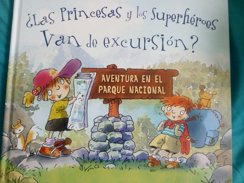 ¿Las princesas y los superhéroes van de excursión?